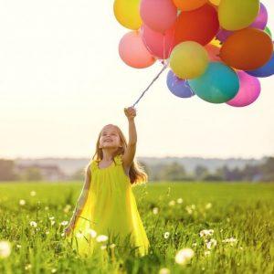 подарок девочке - воздушные гелиевые шарики