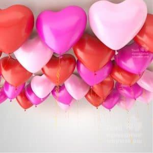 Латексные сердечки с гелием под потолок