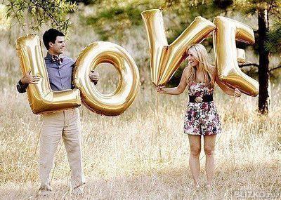 Буквы LOVE на 14 Февраля